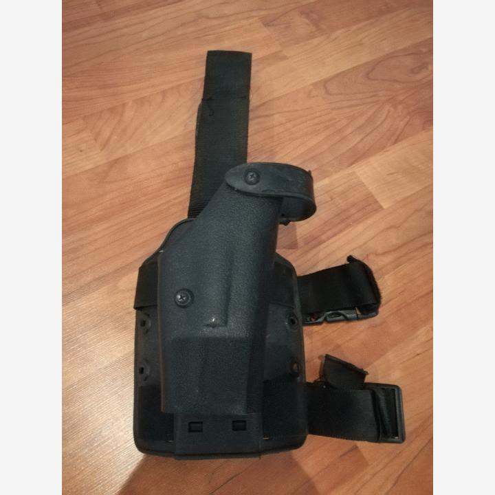 Dropleg holster