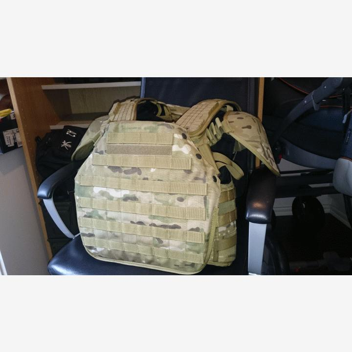 Flyye Armour Chassis, Multicam