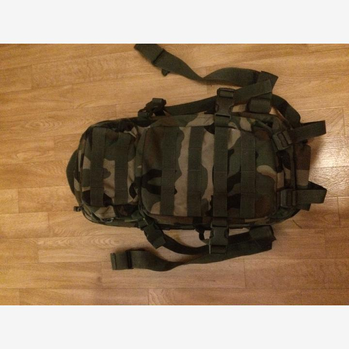 MIL-TEC ASSAULT PACK, WOODLAND 20 L